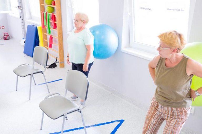 Seniorzy z osteoporozą zostali bez leczenia