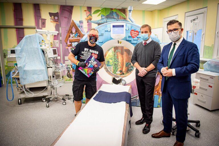 Centrum Zdrowia Matki Polki dostało tomograf i rentgen od WOŚP