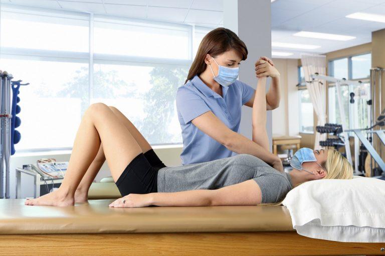 Na czym polega rehabilitacja postcovidowa?